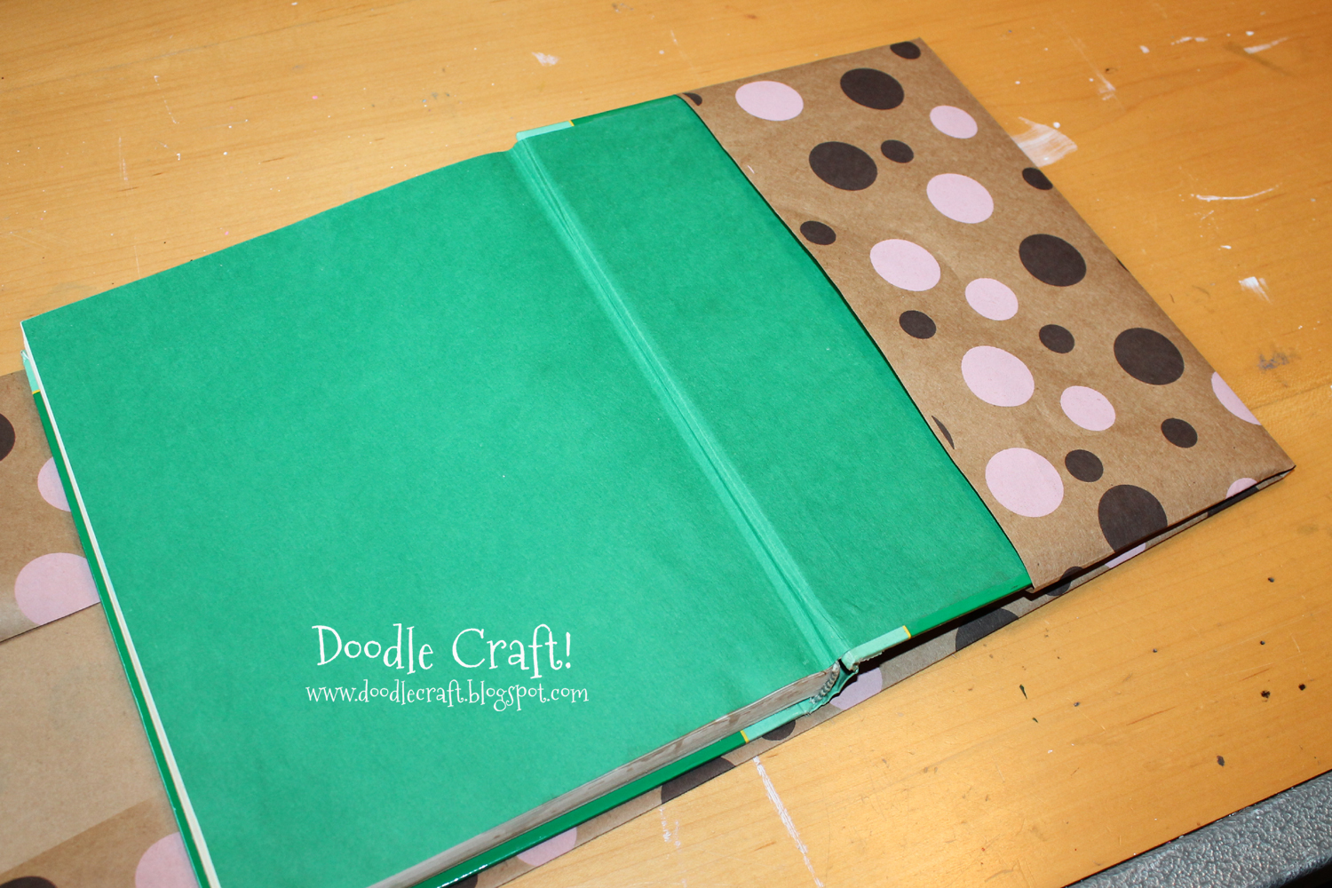 Book Cover Craft ~ Doodlecraft how to cover a textbook with duct tape