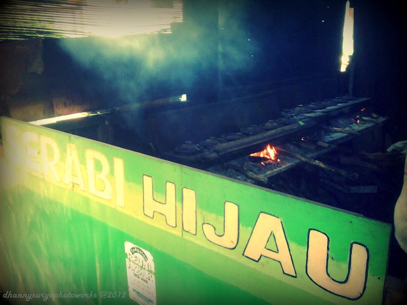 Dhannysurya PHOTOBLOG SERABI HIJAU DI PONDOK KELAPA JAKARTA