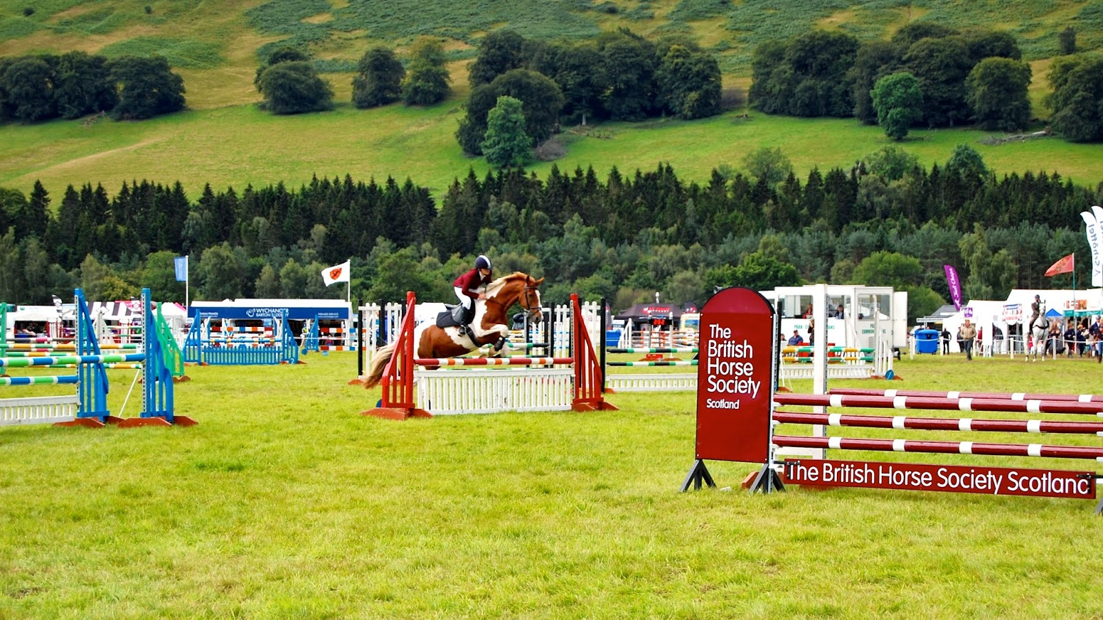 Show jumping at the Blair Castle International Horse Trials