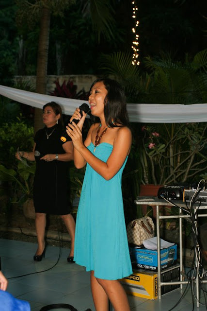 The Budget Fashion Seeker - Aspiring Wedding Singer 6