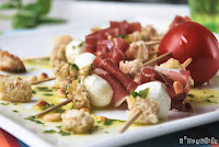Pinchitos de mozzarella y jamón