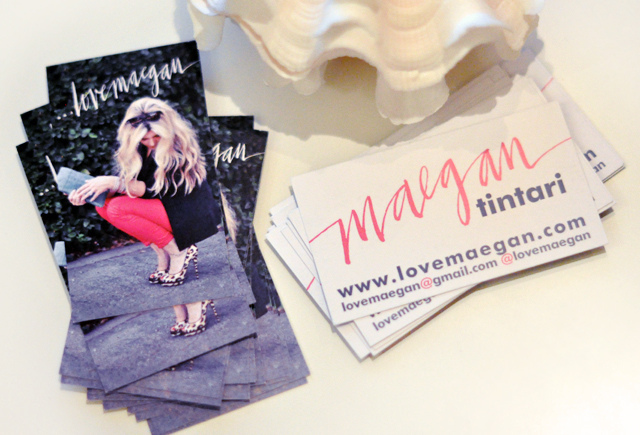 Using print to establish your online blog or business for Business cards for bloggers