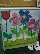 Pintura personalizada em móveis