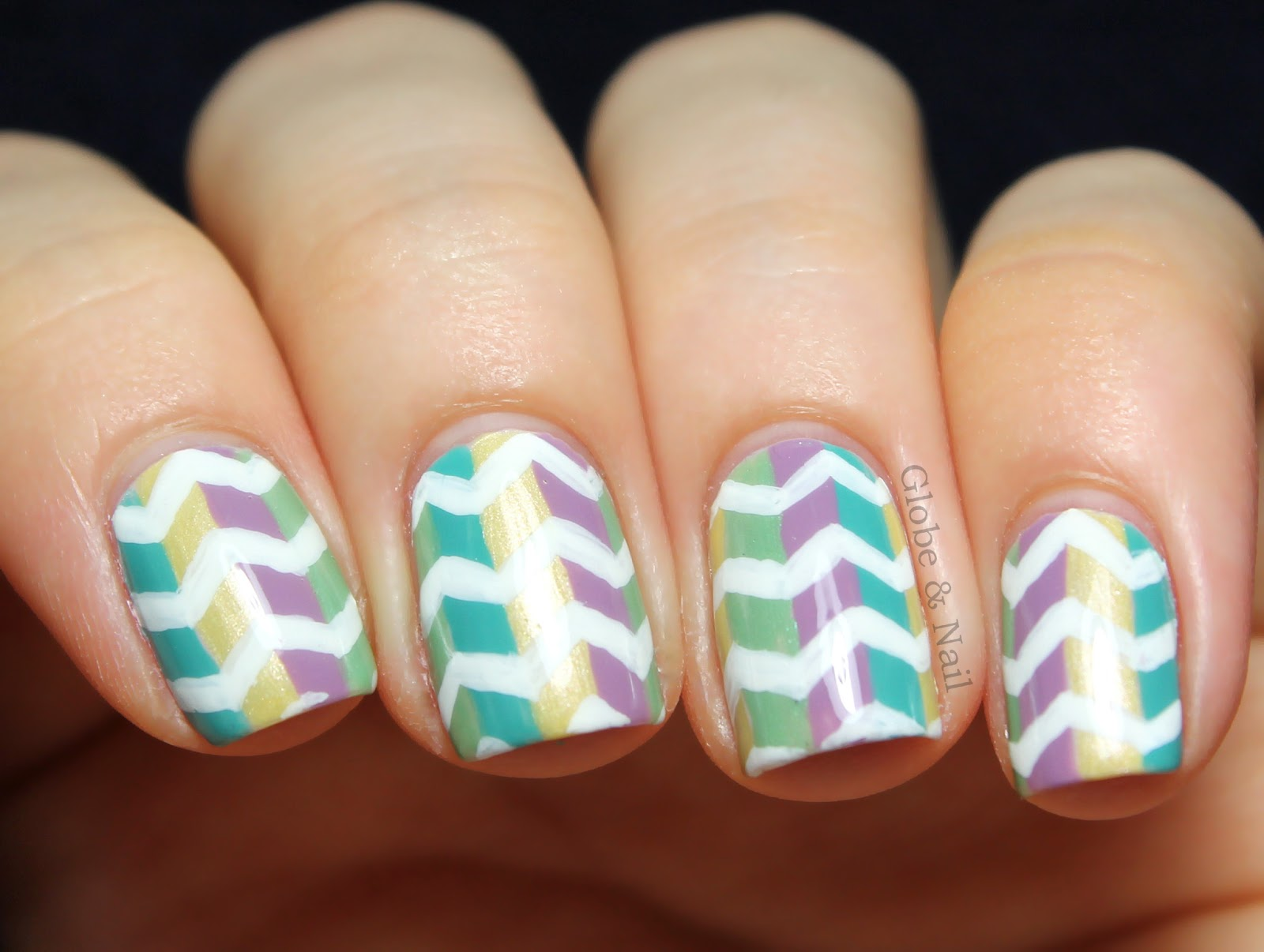 Guest post by Globe and Nail | Manicurator | Bloglovin\'