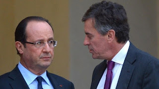 François Hollande et Jérôme Cahuzac, sur le perron de l'Elysée,