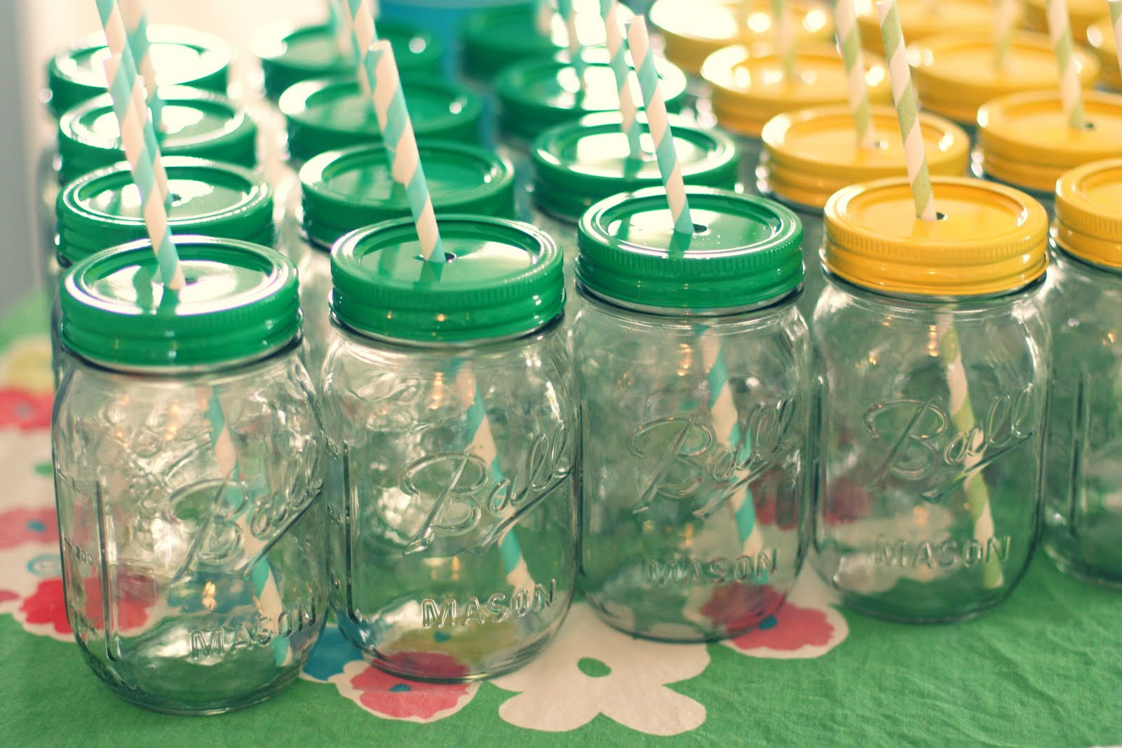 Mason Jar Wedding Decorations