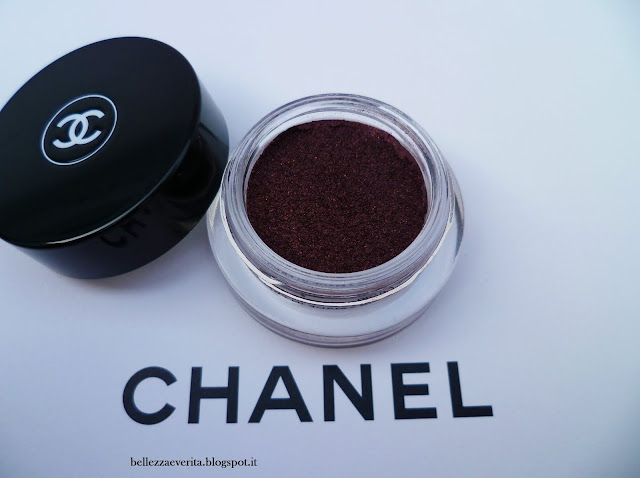 chanel-rouge noir-illusion d'ombre