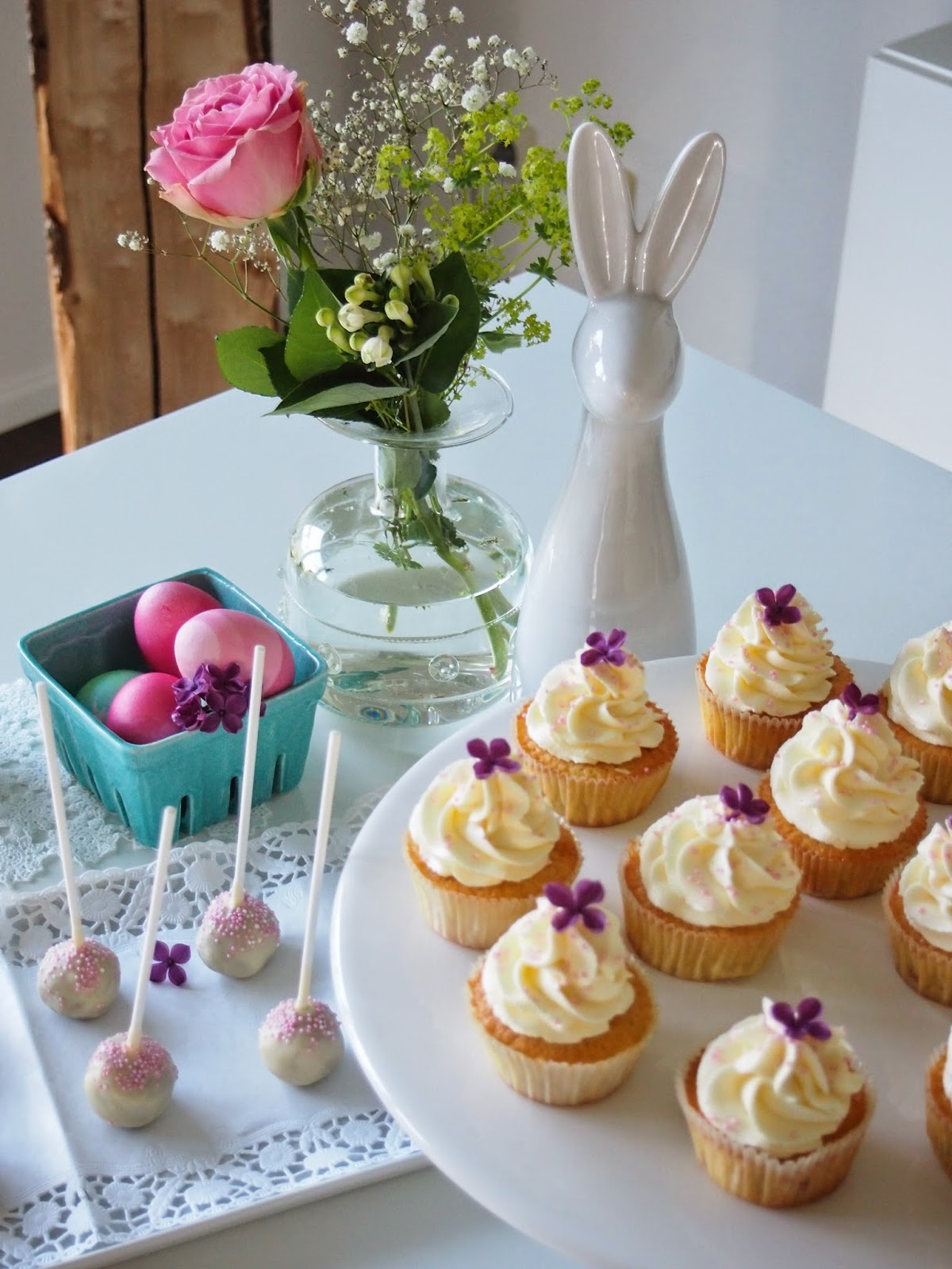dieZuckerbäckerei: Rhabarber-Prosecco-Cupcakes und Mohn ...