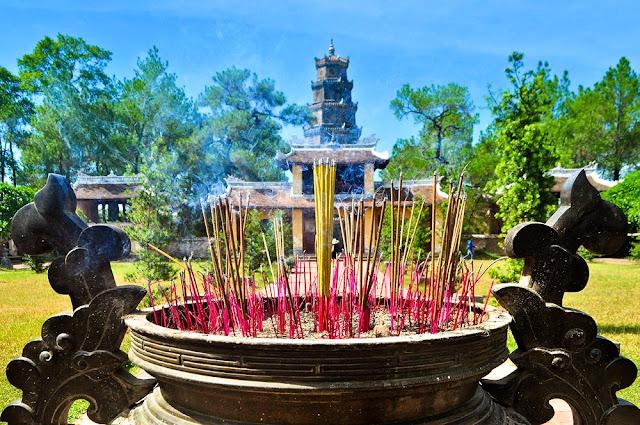 Thiên Mụ Pagoda