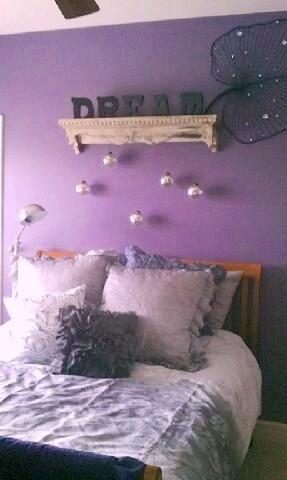Fotos de dormitorios morados violetas lilas ideas para for Cuartos de nina violeta