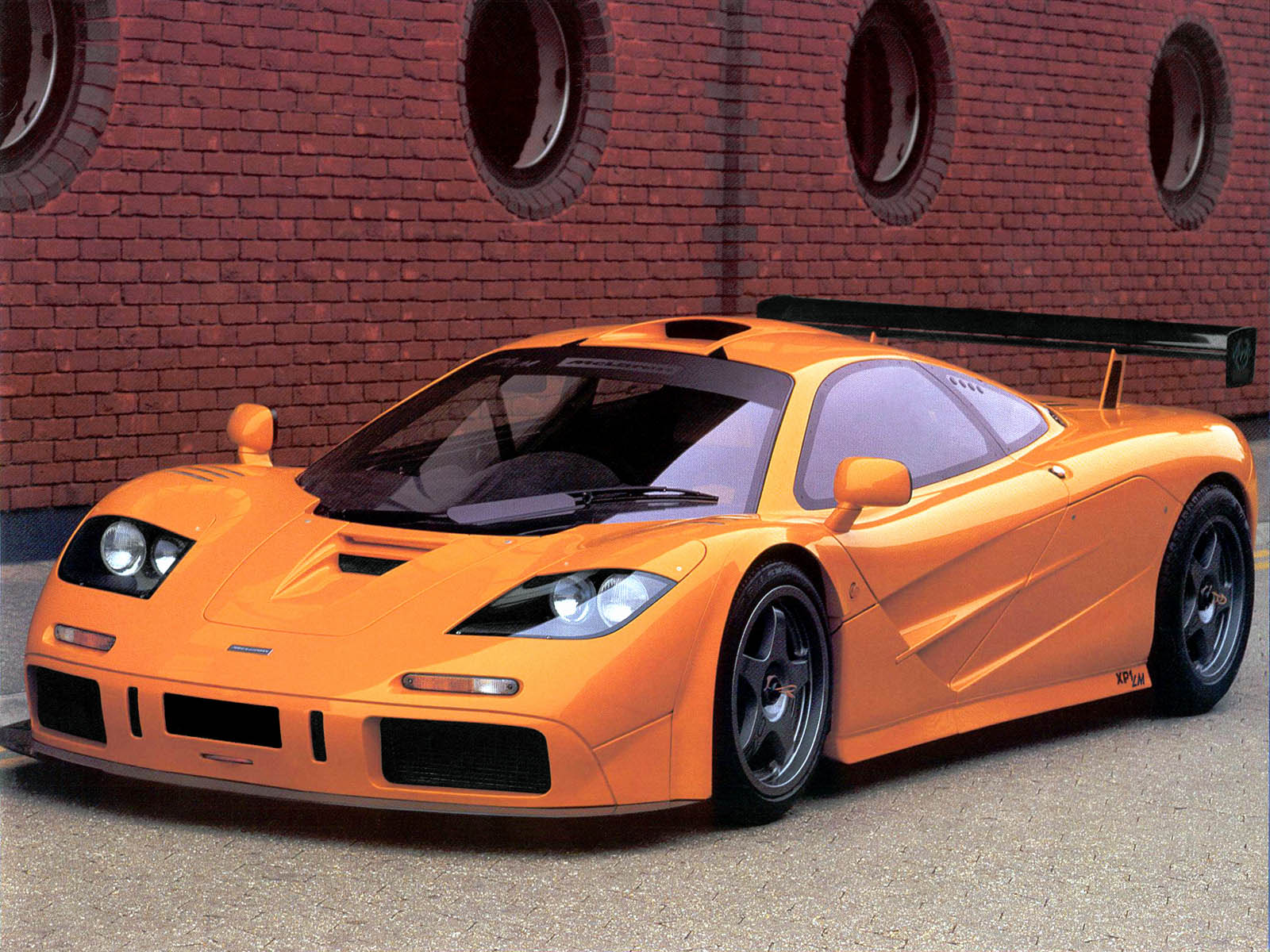 Cars of Yesterday and Tomorrow: McLaren F1