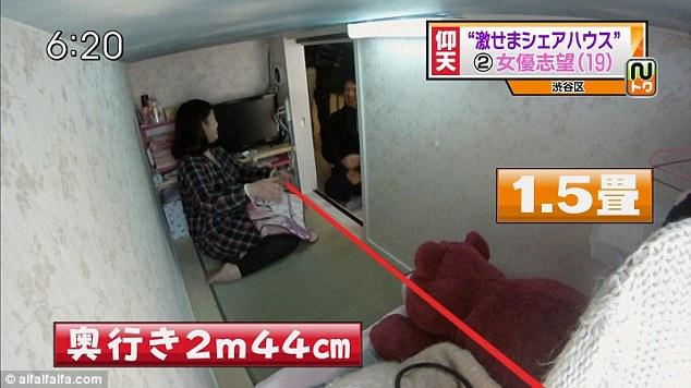 Golongan ekspatriat muda Jepun memilih untuk tinggal di pangsapuri 'keranda' dengan bayaran sewa sebanyak 400 pound sebulan.