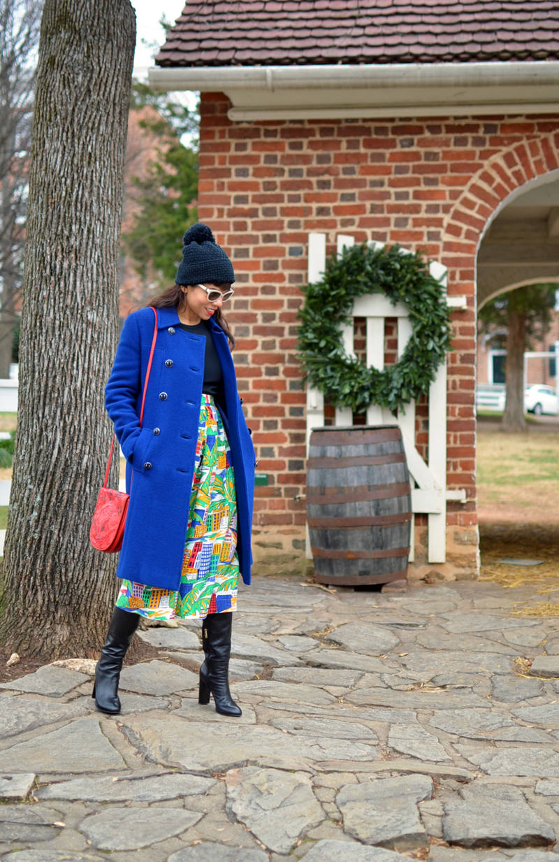 How to wear colorful clothes in winter
