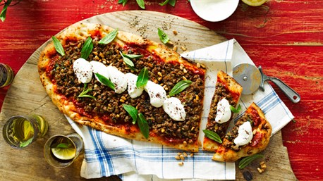 Middle Eastern-Style Pizza Recipe