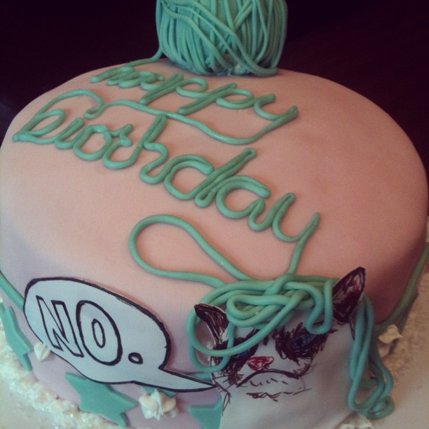 The Frazzled Crafter KnittingGrumpy Cat Birthday Cake
