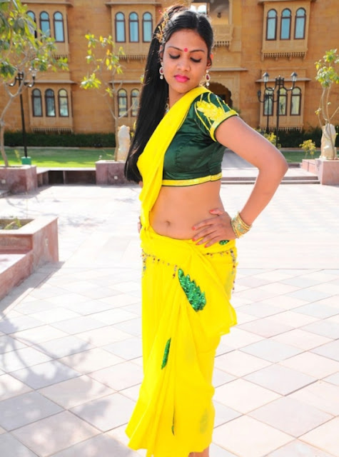 deepti nambiar hot navel
