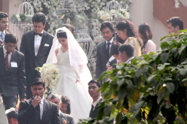 Top News: Ritesh Deshmukh and Genelia D'Souza's church wedding