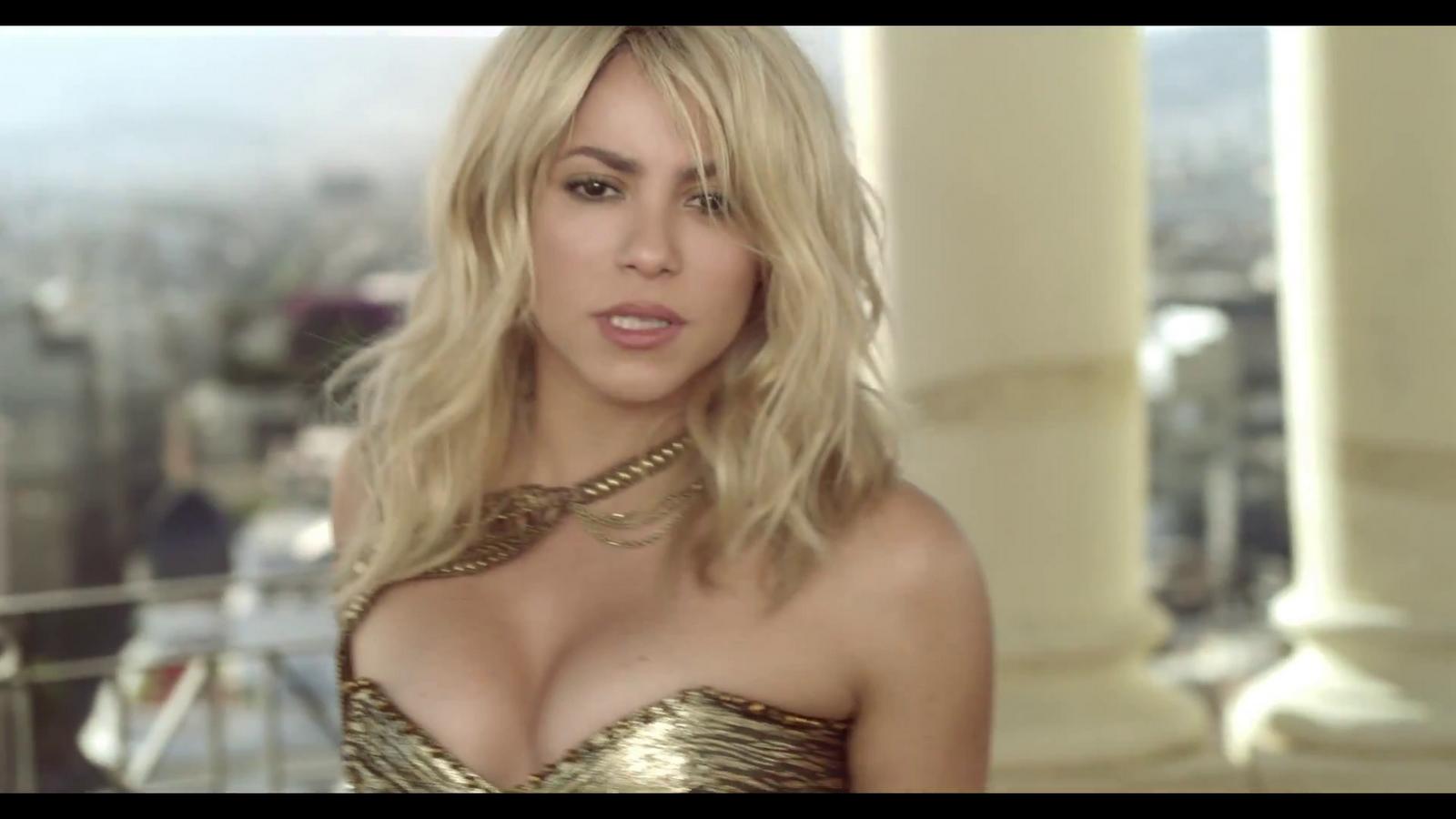 http://4.bp.blogspot.com/-UeNu337K4YU/UBqdVeDBwOI/AAAAAAAAKLA/exW1_xFMRBA/s1600/Pitbull+-+Get+It+Started+ft.+Shakira.MP4+%25281%2529.png