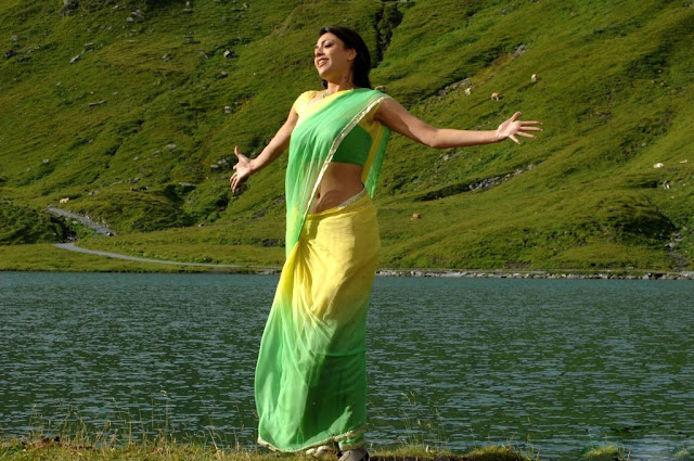 kajal hot saree navel show