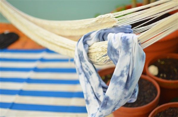 Create a Hand-Dyed Bandana or Scarf with Amy Renea of A Nest for All Seasons and Makers Kits