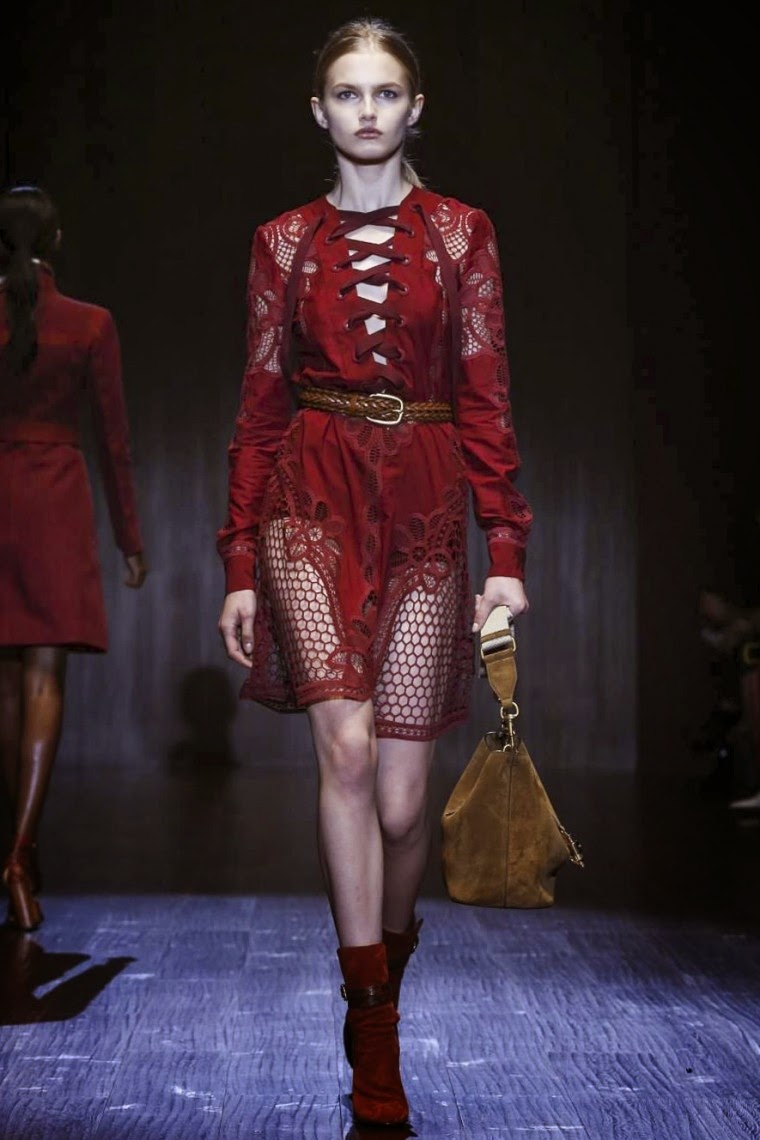 Gucci spring summer 2015, Gucci ss15, Gucci, Gucci ss15 mfw, Gucci mfw, mfw, mfwss15, mfw2014, fashion week, milan fashion week, milano fashion week, du dessin aux podiums, dudessinauxpodiums, vintage look, dress to impress, dress for less, boho, unique vintage, alloy clothing, venus clothing, la moda, spring trends, tendance, tendance de mode, blog de mode, fashion blog,  blog mode, mode paris, paris mode, fashion news, designer, fashion designer, moda in pelle, ross dress for less, fashion magazines, fashion blogs, mode a toi, revista de moda, vintage, vintage definition, vintage retro, top fashion, suits online, blog de moda, blog moda, ropa, asos dresses, blogs de moda, dresses, tunique femme,  vetements femmes, fashion tops, womens fashions, vetement tendance, fashion dresses, ladies clothes, robes de soiree, robe bustier, robe sexy, sexy dress
