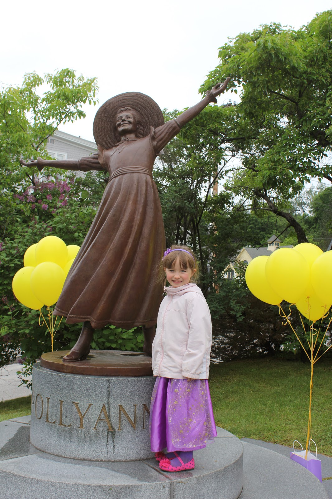Pollyanna Statue in front of the Littleton Library