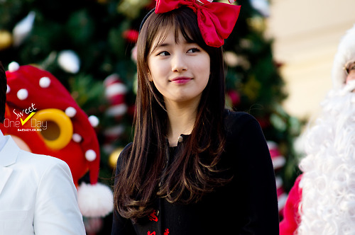 "Cute Bae Suzy Miss A ""Christmas Headband"""