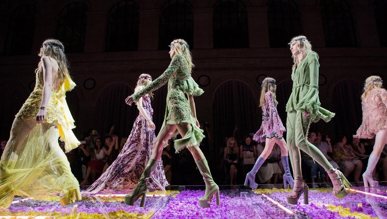 Versace Show 2015