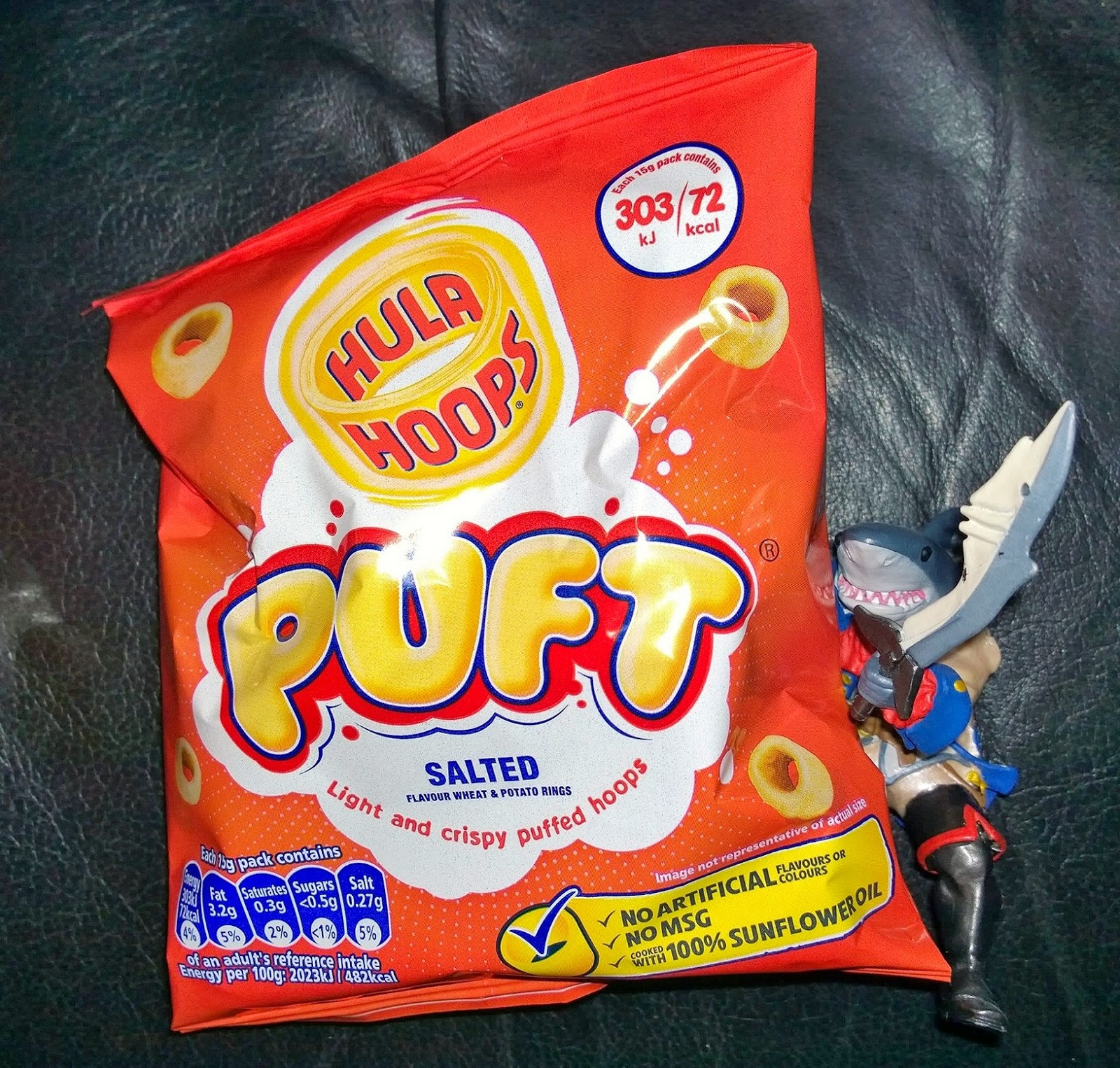 hula hoops puft toto eats the world. Black Bedroom Furniture Sets. Home Design Ideas