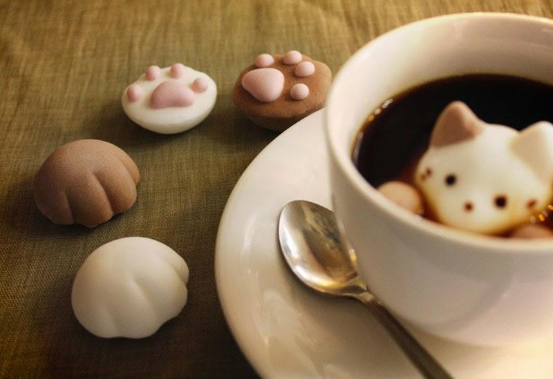 CafeCat, nubes con forma de lindos gatitos