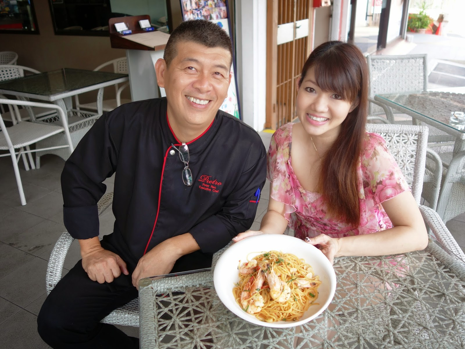 Pinkypiggu video blog pinkypiggus 2nd blog anniversary quest video blog pinkypiggus 2nd blog anniversary quest for best aglio olio with celebrity chef peter neo recipe included forumfinder Gallery