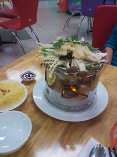 Estofado asíatico (hot pot) de setas