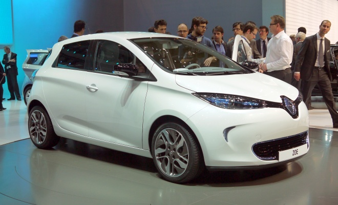 Renault Zoe ZE 2012 front view
