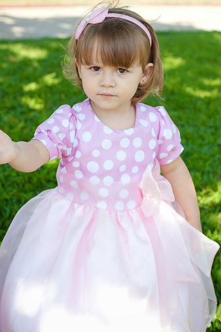Vestidos infantis para aniversários, batizados e festas temáticas