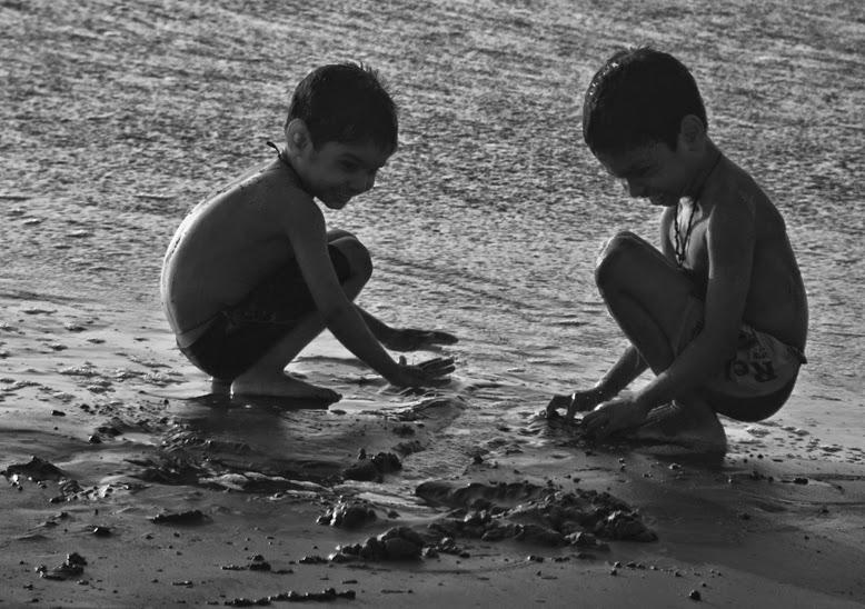 Childhood friendship-A journey through memories