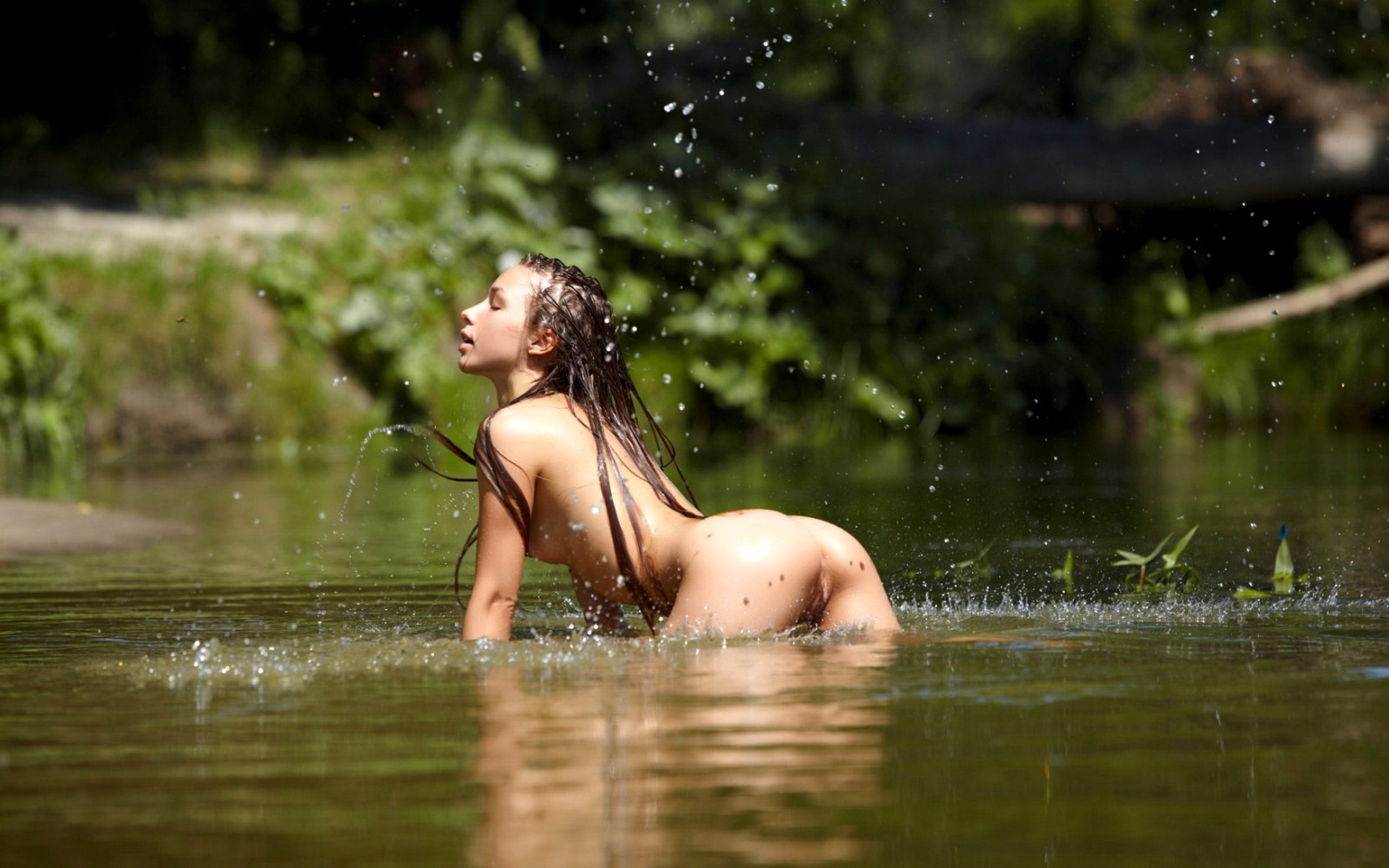devushki-mehaniki-erotika