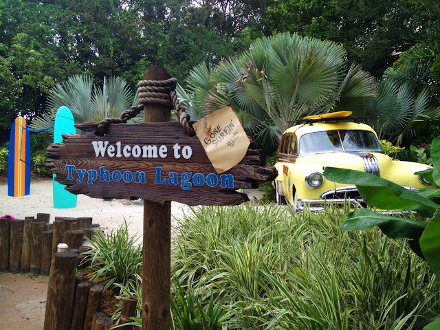 Welcome sign and car at the entrance to Disney's Typhoon Lagoon