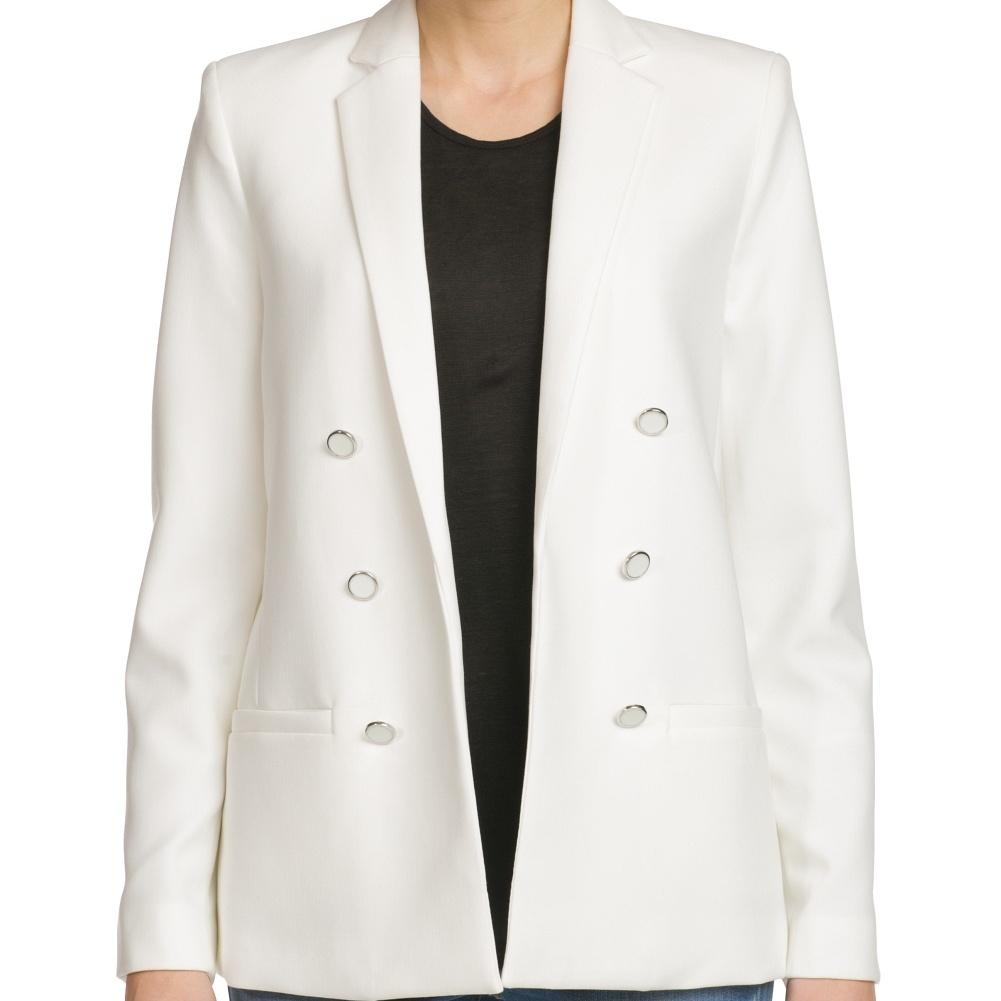 http://shop.mango.com/ES/p0/mujer/prendas/chaquetas/americanas/americana-doble-botonadura/?id=21070018_10&n=1&s=prendas.vestidosprendas&ident=0__0_1398334366822&ts=1398334366822