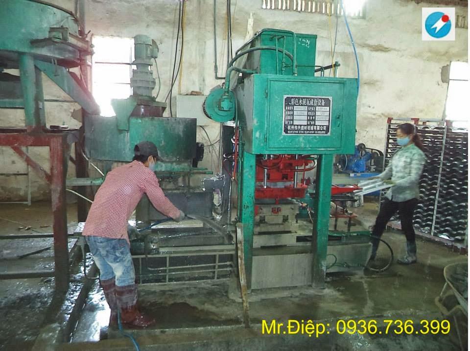 máy làm ngói xi măng