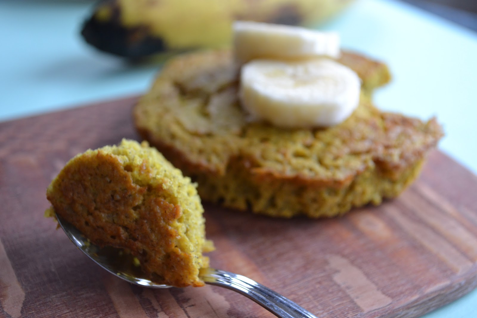 Healthy Makes It Happen: Quinoa Banana Breakfast Cake