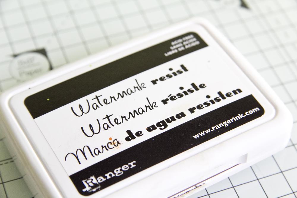 http://danipeuss.blogspot.com/2015/03/kleine-stempelkunde-scrapbooking-abc.html