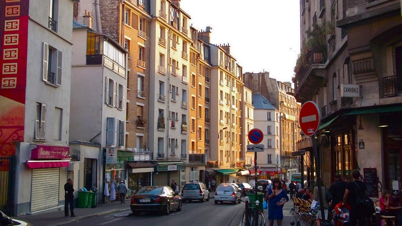 Petite Paris : Paris Party - a Paris apartment @ Oberkampf