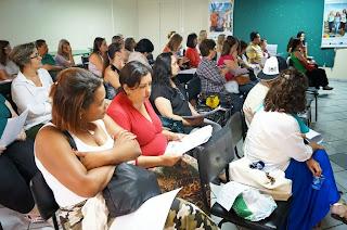 Orientadores pedagógicos do segundo segmento, coordenadores do projeto Mais Educação e convidados participaram do encontro na SME