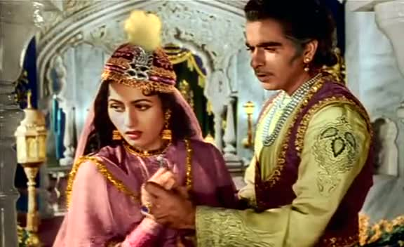 Screen Shot Of Hindi Movie Mughal E Azam (1960) Download And Watch Online Free at worldfree4u.com