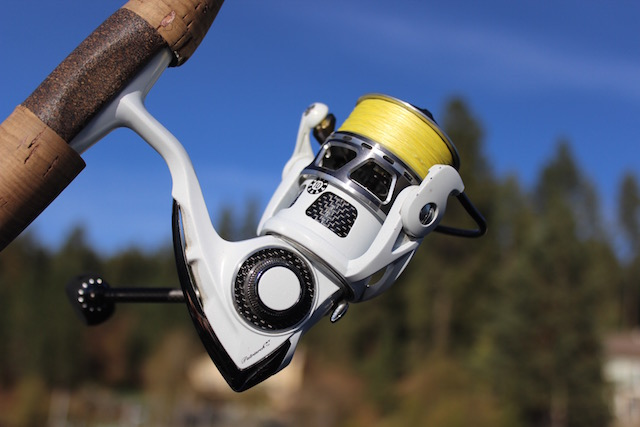 how to clean a spinning reel for saltwater use