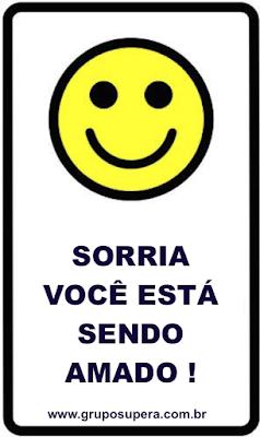 sorria você está sendo amado, motivação, motivacional, sinais de câmera, cartazes motivacionais, cartaz de aviso