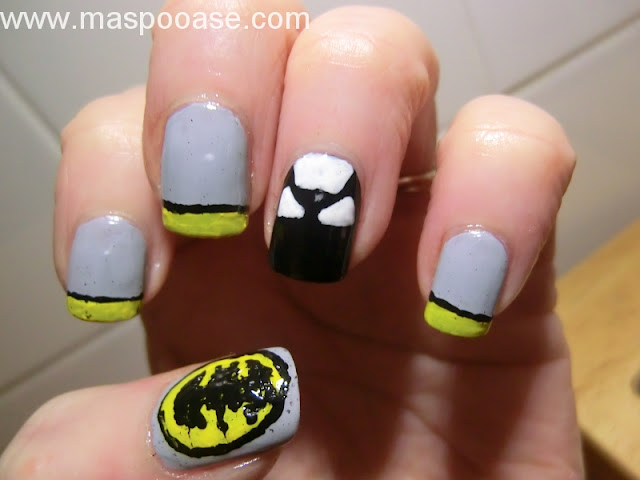 Batman_nailart