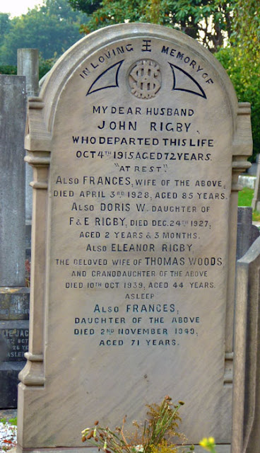 Eleanor Rigby, memorial, St Peter's churchyard, Woolton.