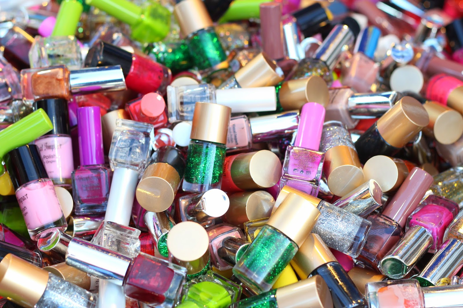 nail polish www.footnotesandfinds.com