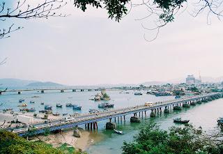 Chiều xóm Bóng- Huy Uyên